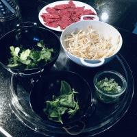 Zutaten für Pho-Suppe