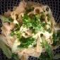 Rote Garnelen mit grünem Spargel und Lasagnette