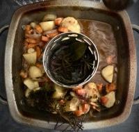 Grillständer mit Gemüse