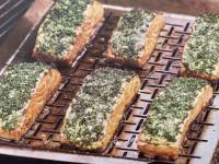 Lachsfilet mit Kräuterkruste