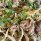 Pasta mit Wurstbrät und Gemüse