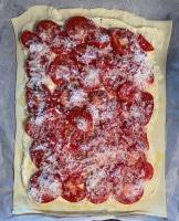Tomaten-Tarte auf Blätterteig ofenfertig